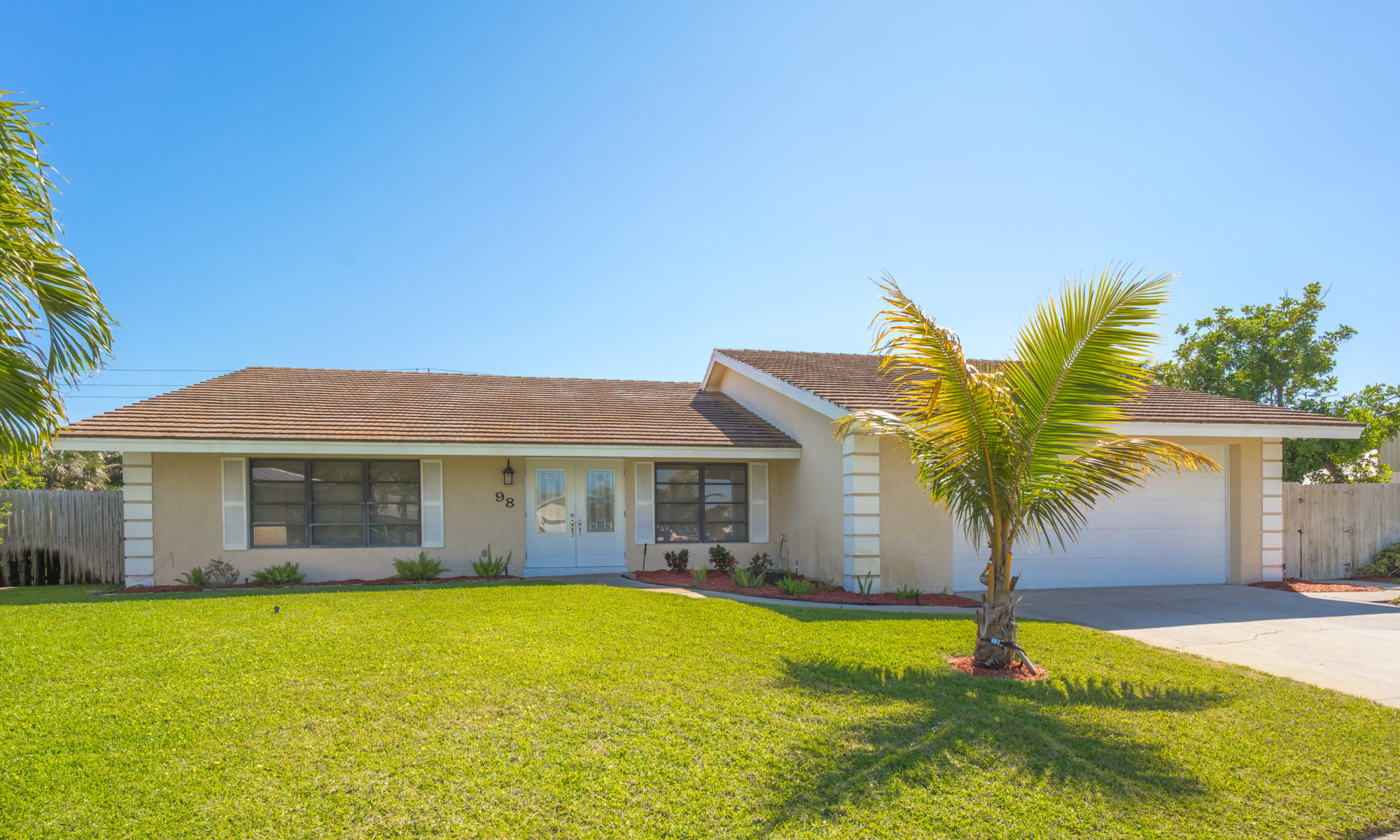 98-Hickory-Hill-Road_Tequesta-Pines-1