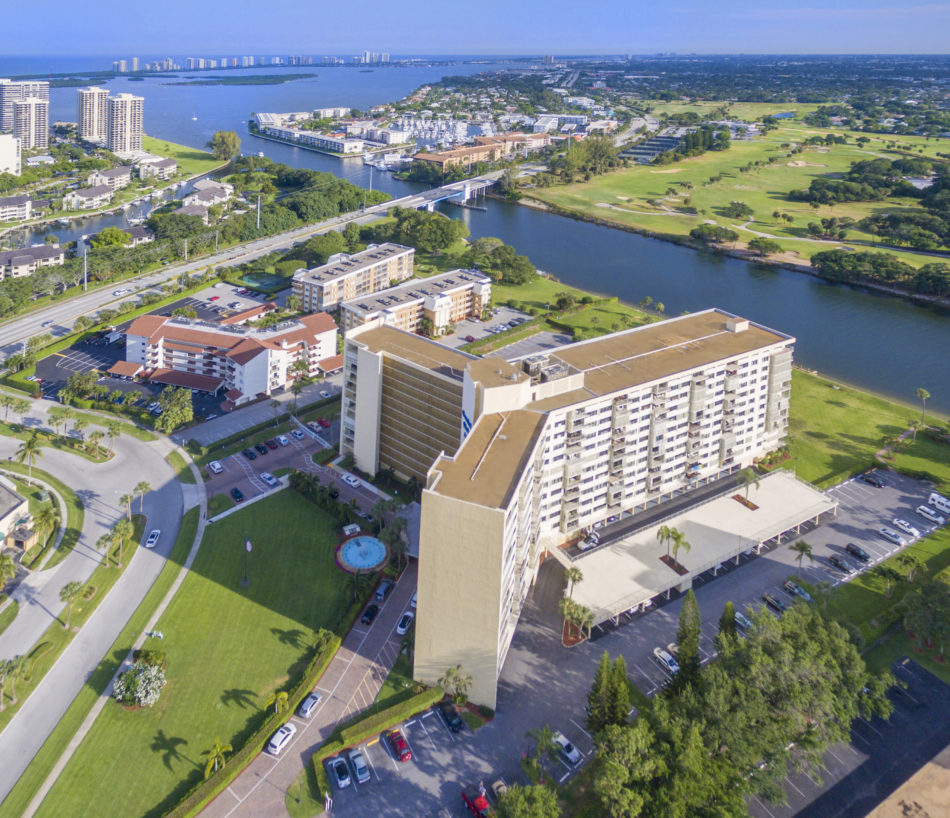 Just Listed | Gorgeous Views in Gemini Club | 336 Golfview Road #510