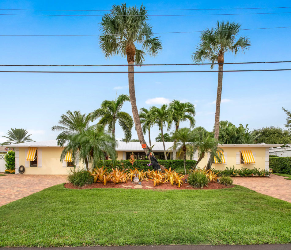 Just Listed | Magical in Maheu Estates | 2329 Edgewater Drive