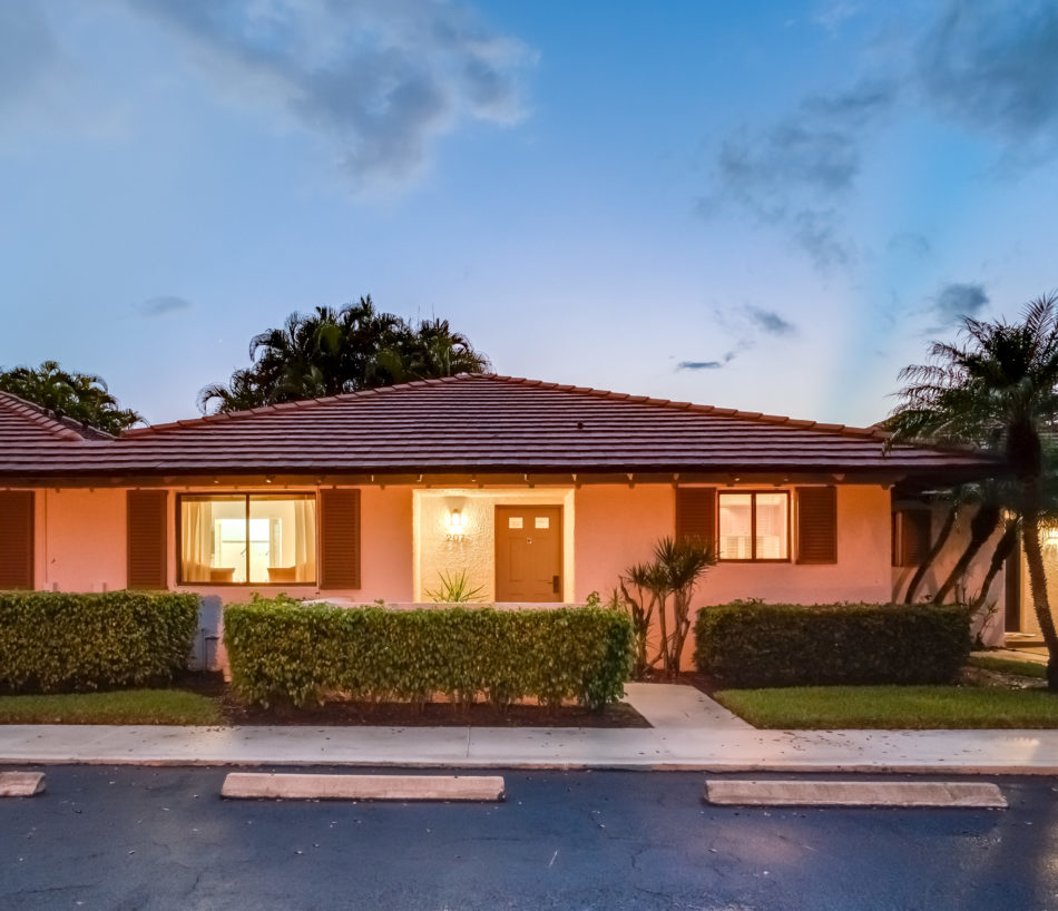 New Rental | Cute in Club Cottages | 207 Club Drive