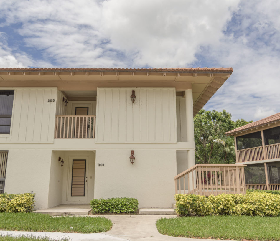 Just Listed | Pretty in PGA National | 305 Brackenwood Circle