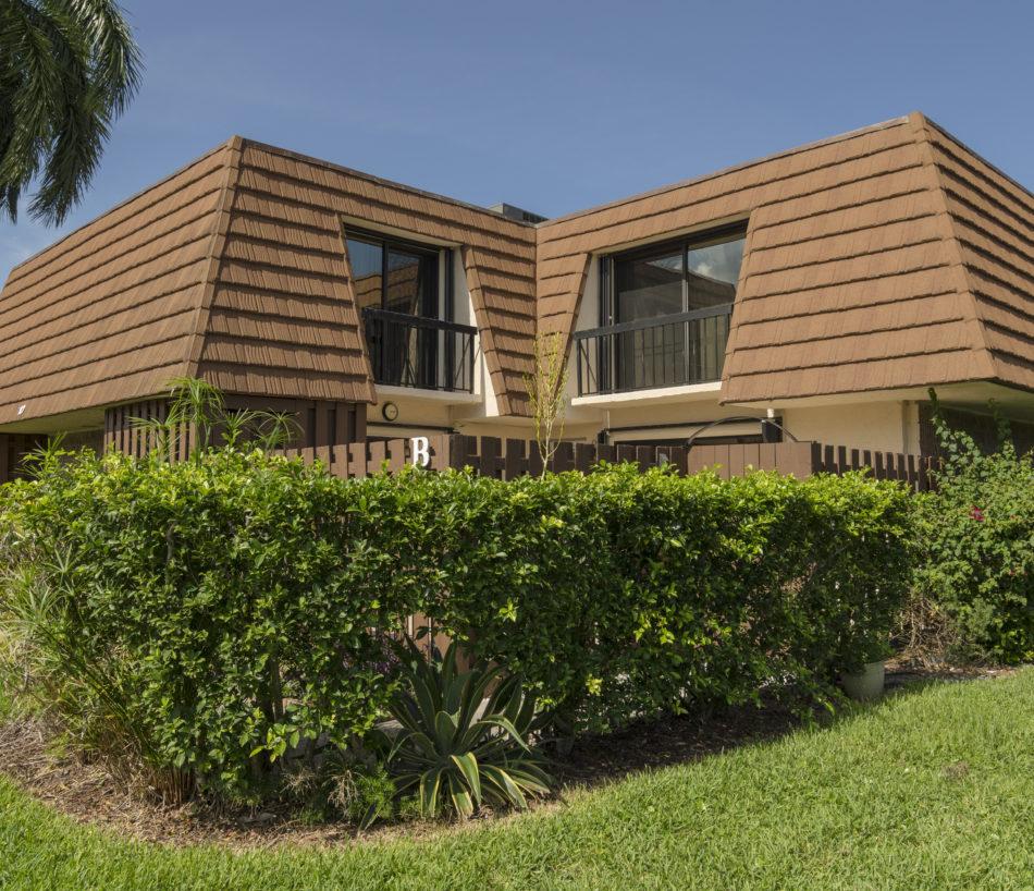 Just Listed | Jupiter Plantation Perfection | 825 Center Street #10b