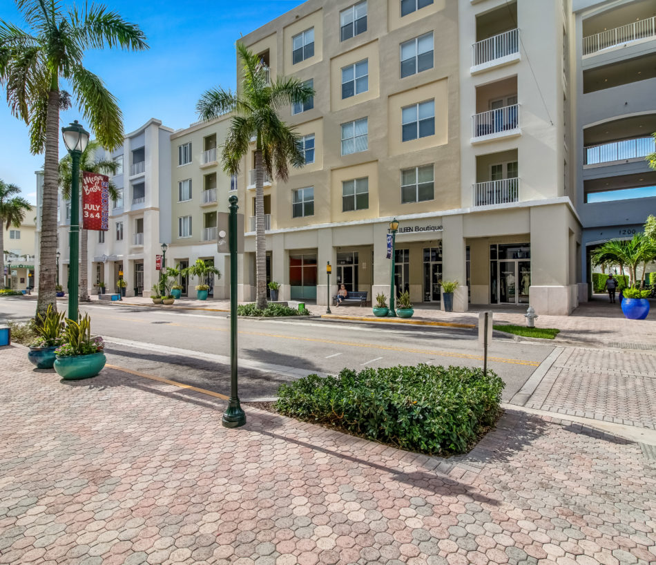New Rental | Adorable in Abacoa | 1200 Town Center Drive #313