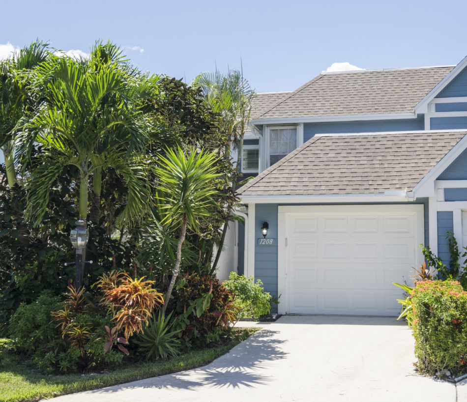 Just Listed | Vibrant in Villas of Ocean Dunes | 1208 Ocean Dunes Circle