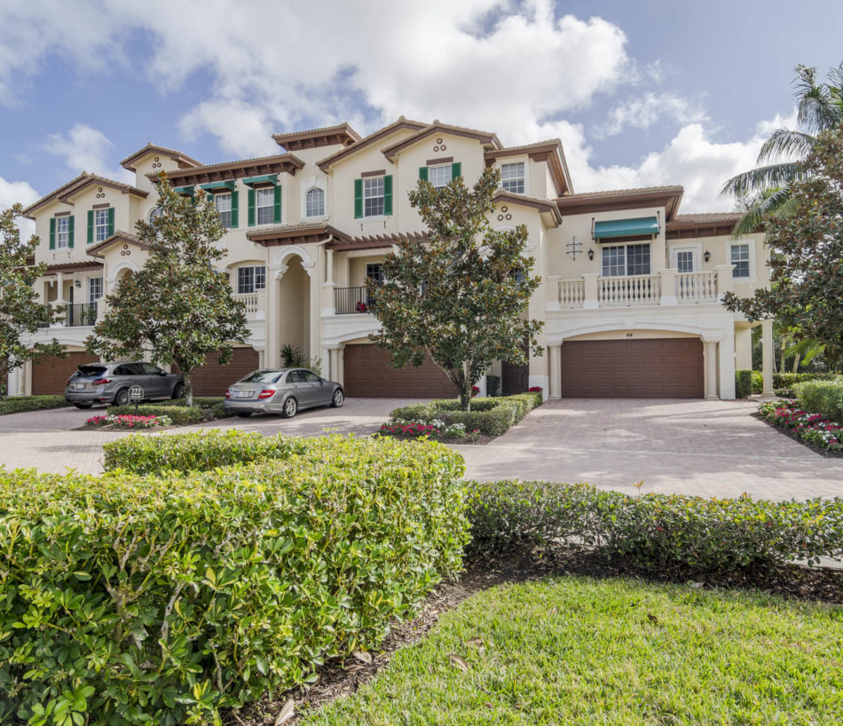 Just Listed | Joy in Jupiter Country Club | 222 Tresana Boulevard #44