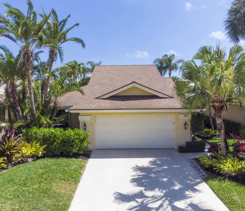 Just Listed   Beautiful in The Bluffs   147 Sand Pine Drive